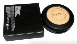 mac matte foundation powder spf 15
